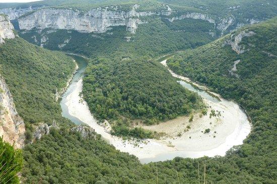 Aven d'Orgnac Grand Site de France (Grotte et Cite de la Prehistoire): ツアーではこんなところも3