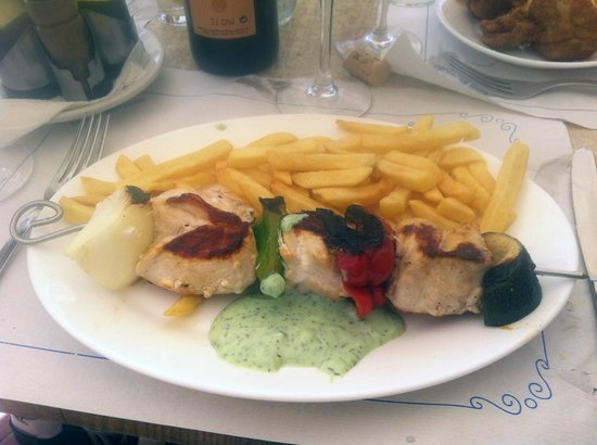 Restaurante Playamaro: Chicken brochette