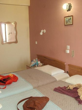 Yota Beach Hotel: my room in pink