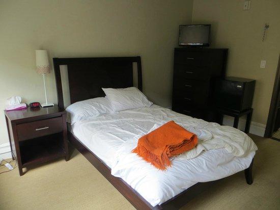 Casa Loma Hotel: Kamer #208