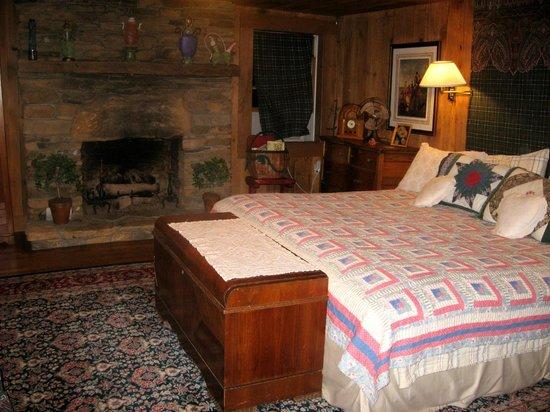 Ambrosia Farm: Master Bedroom