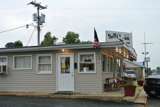 Shellies Route 66 Cafe