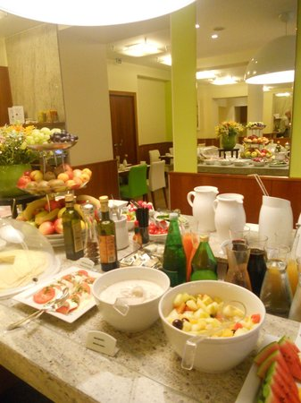 Hotel Das Tigra: breakfast buffet