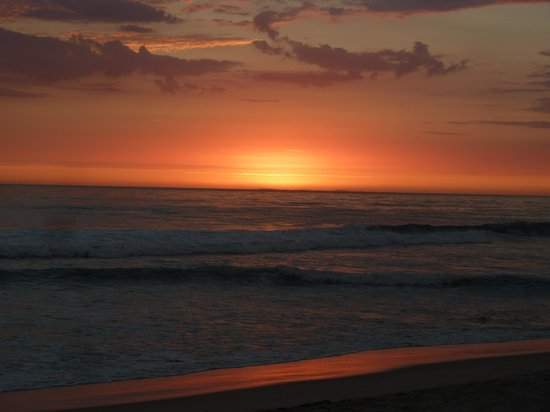 Jay's Gourmet Pizza & Seafood: sunset in carlsbad