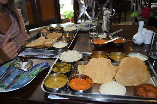 Dasaprakash Restaurant: Foto di Salvin e Daniela M. il thali