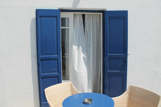 Hotel Spanelis: Doors on to terrace from room