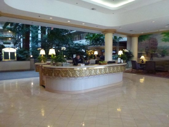Embassy Suites by Hilton San Francisco Airport - South San Francisco : Reception