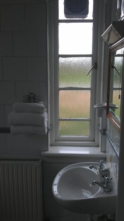 Abbey Inn : Room 1 - Bathroom