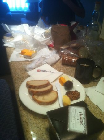 Hilton Garden Inn Cleveland Downtown: In our room with cheeses, fruits, breads from West Side Market