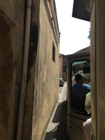 Petit Train Avignon : Train in the streets of Avignon