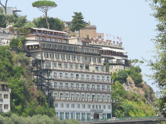 Hotel Bristol Sorrento Reviews