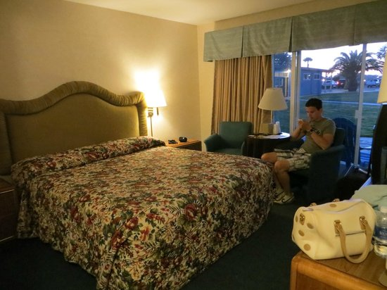 San Simeon Lodge: Kamer #129