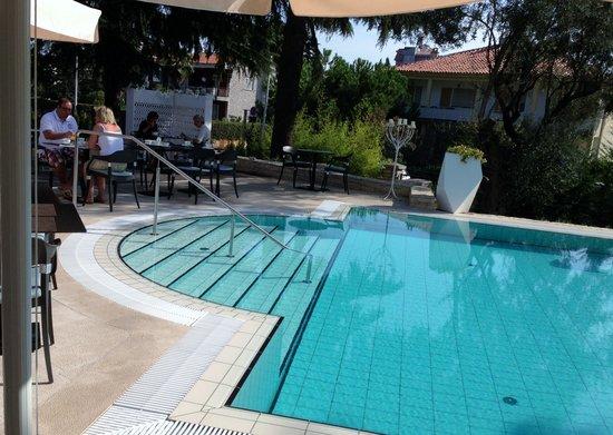 Hotel Arupinum: Pool
