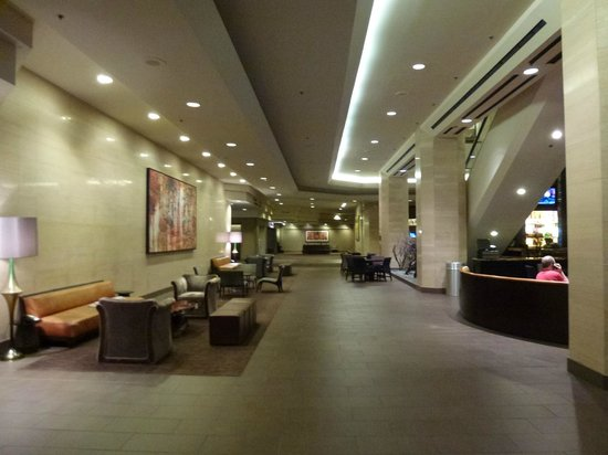 Hilton Anaheim: Reception Area