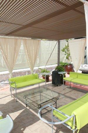 Hostel Lit: Sun Roof Deck