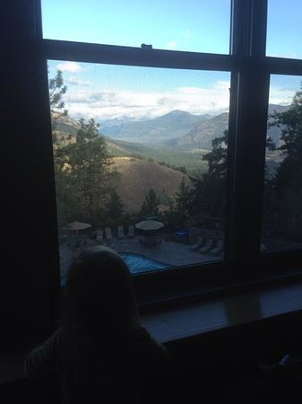 Sun Mountain Lodge: Avery admiring to view from our room