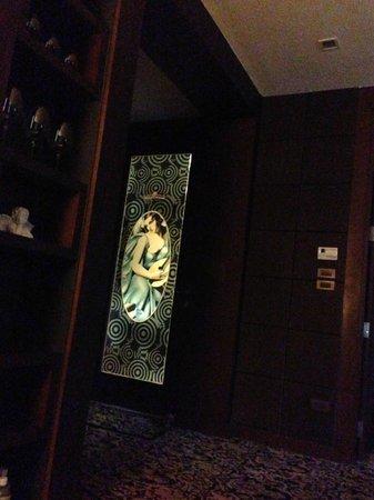 badezimmert r bild von maleewana hotel resort. Black Bedroom Furniture Sets. Home Design Ideas