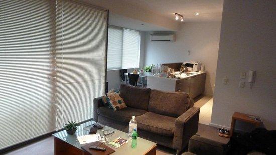 Apartments at Glen Waverley: Dinning & kitchen