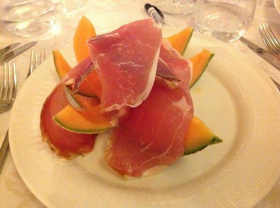 Il Piccolo Castello Hotel : Melon with ham