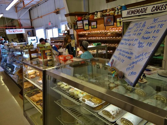 The Shops at Dayton Farmers Market: Bake Shop