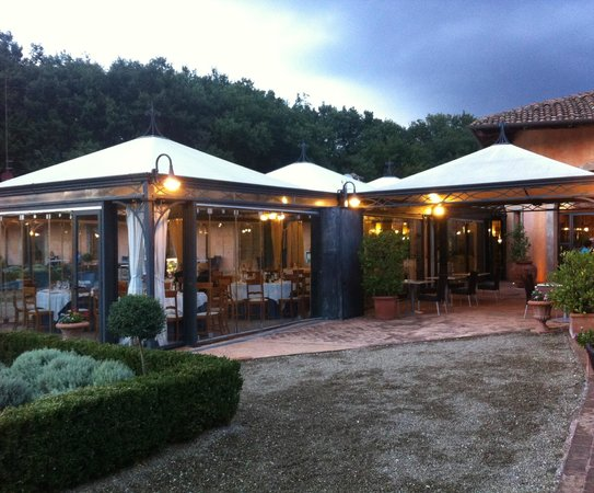 Il Piccolo Castello Hotel : The dining conservatory