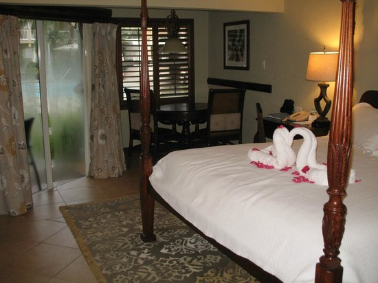 Sandals Royal Caribbean Resort and Private Island: the room