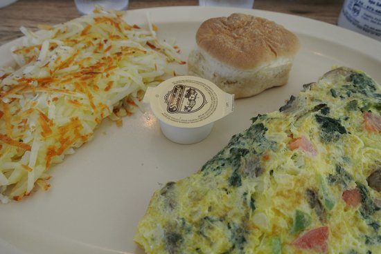 The Cozy Cafe: Veggie Omelette with Hash Browns and Bisquiet