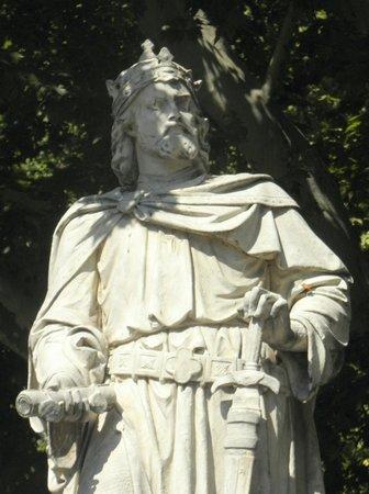 Rathausplatz: Leopold VI Nice.  Member of the Fifth Crusade.Sculptor –J. Preleuthner