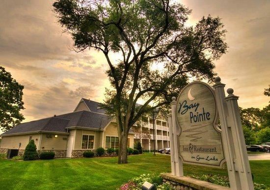 Bay Pointe Inn & Restaurant : Historic Bay Pointe Inn