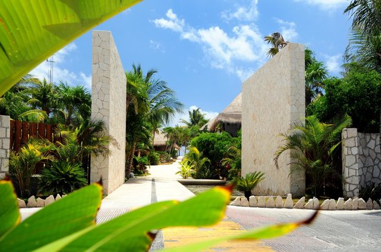Ana y Jose Charming Hotel & Spa: Main Gate Ana y Jose Tulum