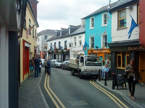 Insiara Bed & Breakfast: rue de Kinsale, Village à découvrir