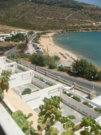 Hotel Perrakis : Η παραλία στο Κυπρί