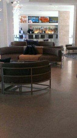 Sonesta Fort Lauderdale Beach: B Ocean Lobby