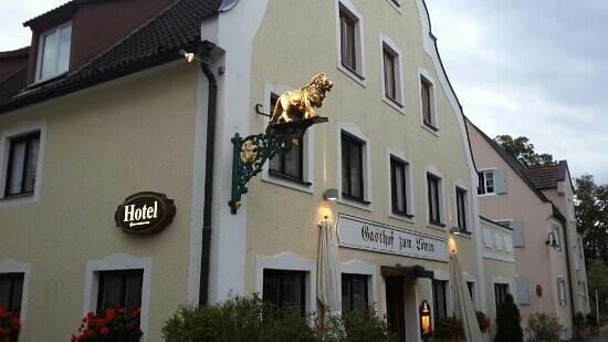 Gasthof Lowen: the hotel