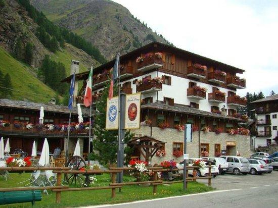 Hotel Granta Parey : L'hotel-ristorante Granta Parey