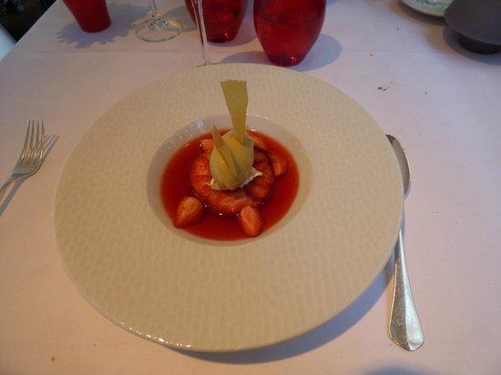 Les Flots : les fraises