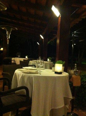 Mas de Torrent Hotel & Spa : Restaurant - avoid if possible.