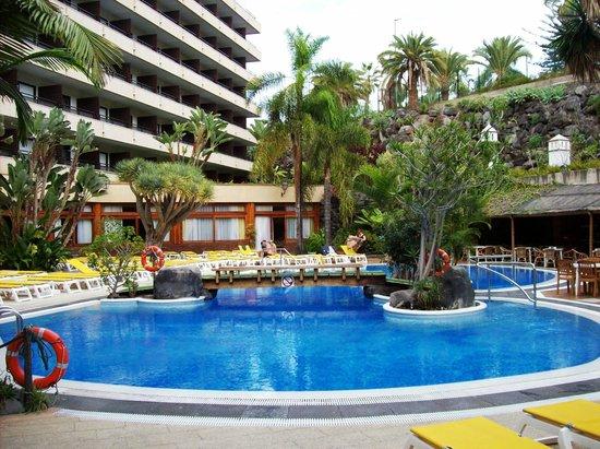 Hotel Puerto de la Cruz: Piscina
