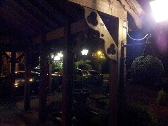 Slaters Country Inn: from main entrance... evening