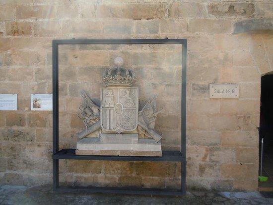 Castell de Sant Carles: Armoiries