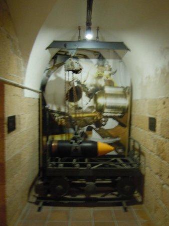 Castell de Sant Carles: Eléments de la batterie de 305mm