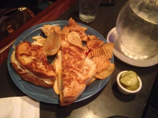 Granger's Grille : Grilled Cheese