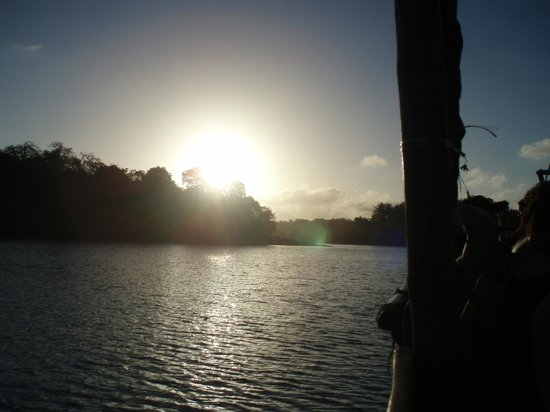 Mombasa Backpackers: Sunset Dhow Cruise