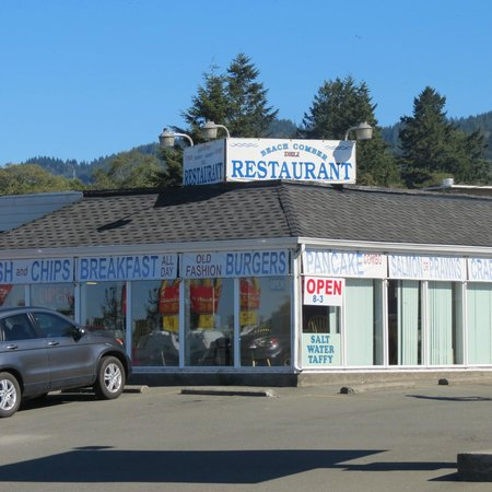 Beachcomber Deli and Seafood: Excellent meal and service!!