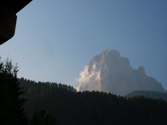 Boutique & Fashion Hotel Maciaconi: Early morning view (September)