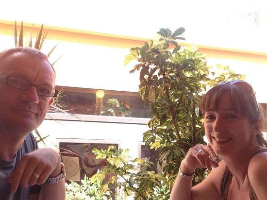 O'Neil Bar Restaurant: us