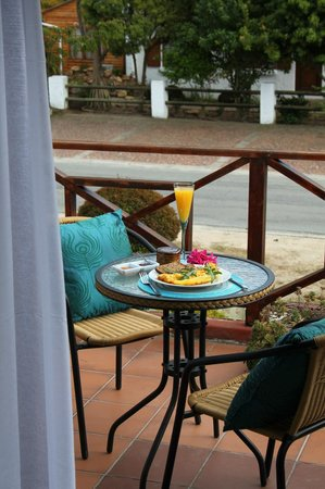 Pelican Lodge : Iris Deluxe Room Balcony