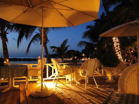 Coco Reef Resort & Spa Tobago: Hotel patio