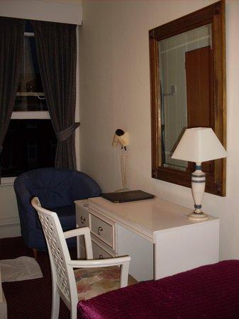 Dawson House Hotel: Habitación