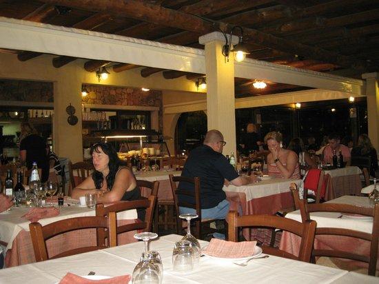 Ristorante Pizzeria Su Forreddu: Im inneren des Restaurante
